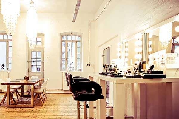 Foto von dem Schminkbereich des Beautyshots Fotostudio in Hamburg
